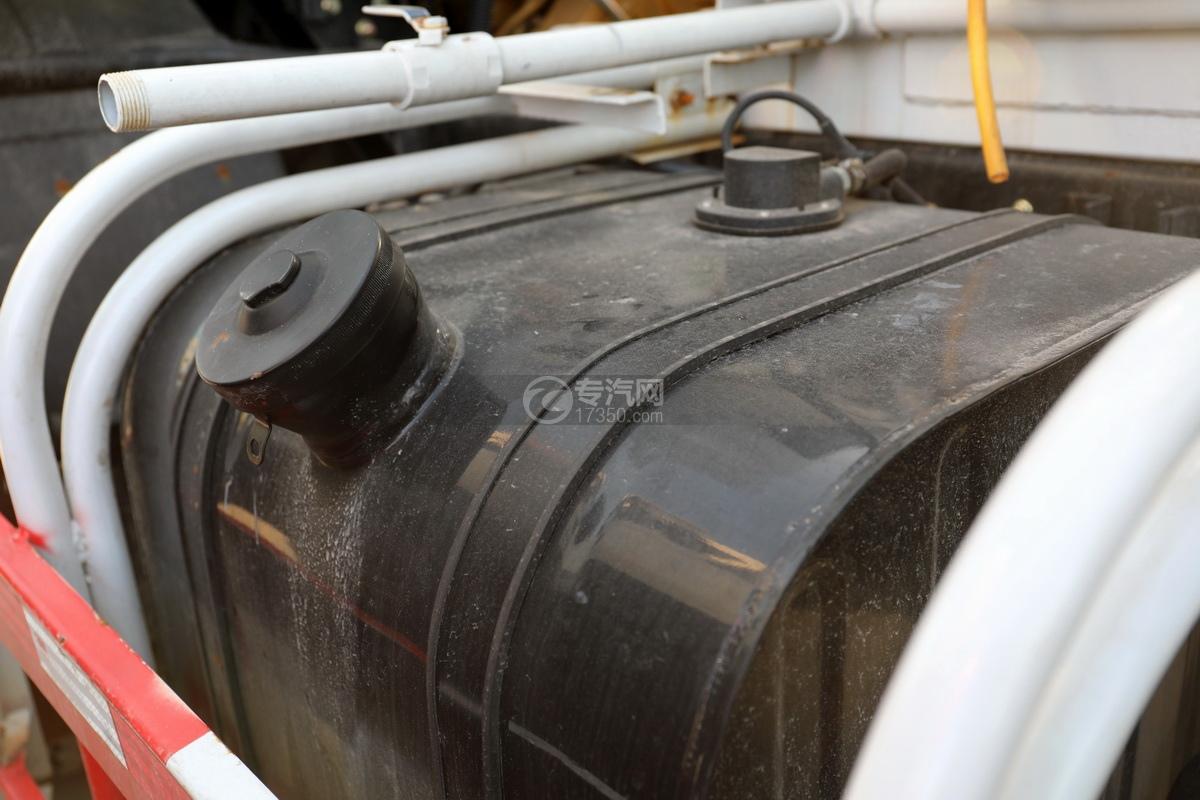 东风福瑞卡F7国六3.98方搅拌车油箱