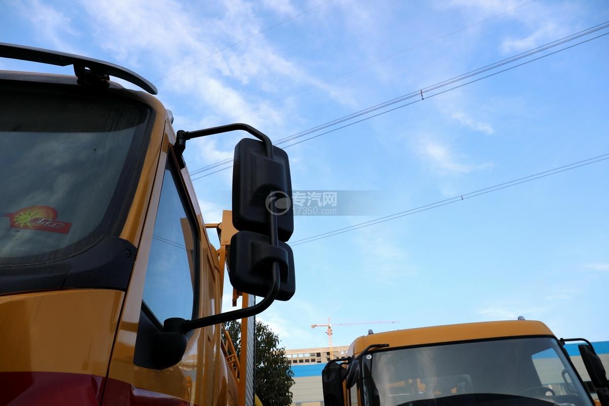东风柳汽乘龙M3单桥国六12.17方清洗吸污车后视镜