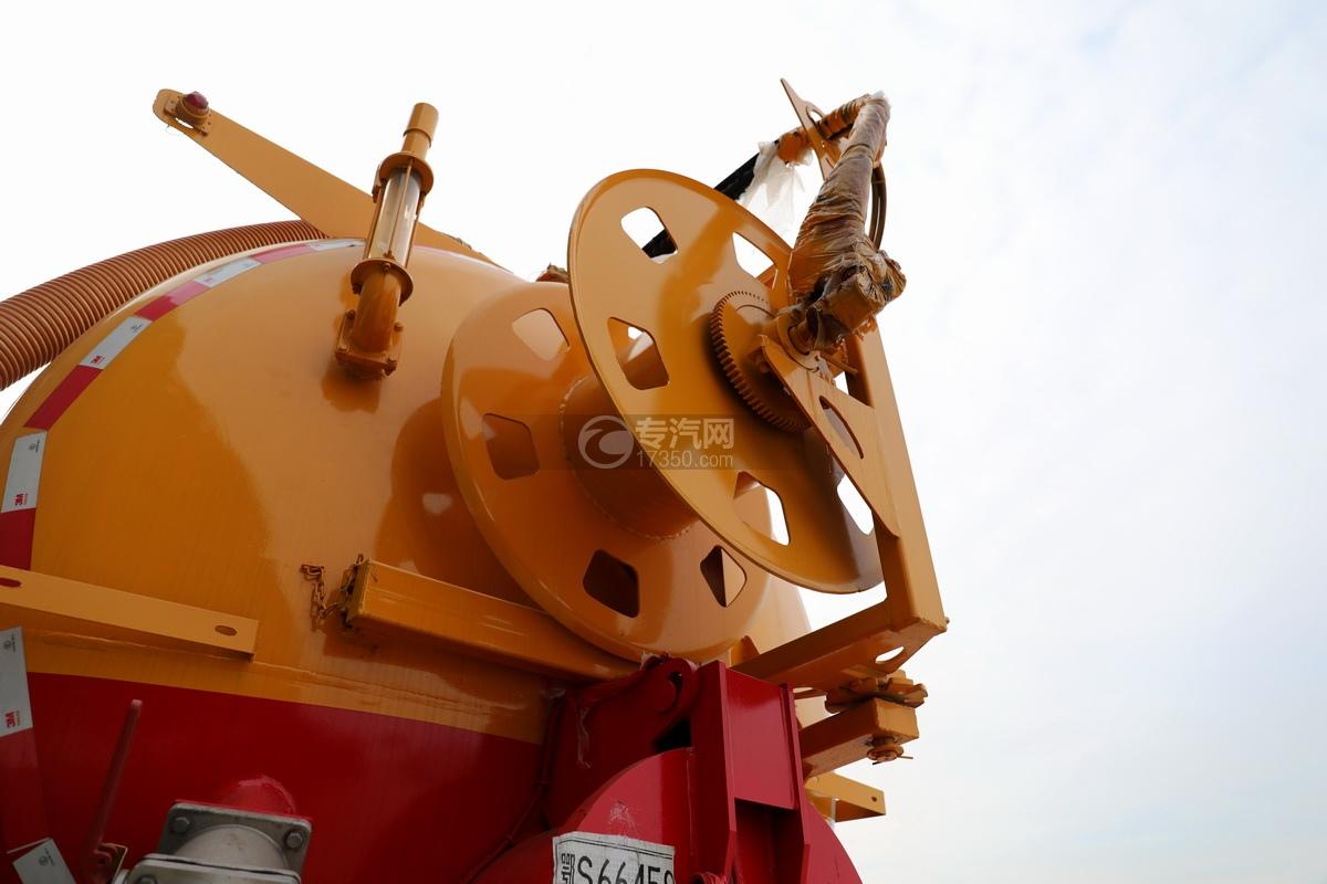 陕汽德龙新M3000后双桥国六16.79方清洗吸污车水管卷盘