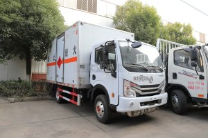 东风新多利卡D6国六4.1米易燃气体运输车图片