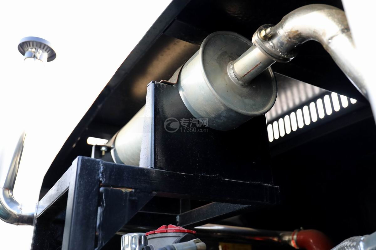 福田時代小卡之星國六掃路車副發排氣管