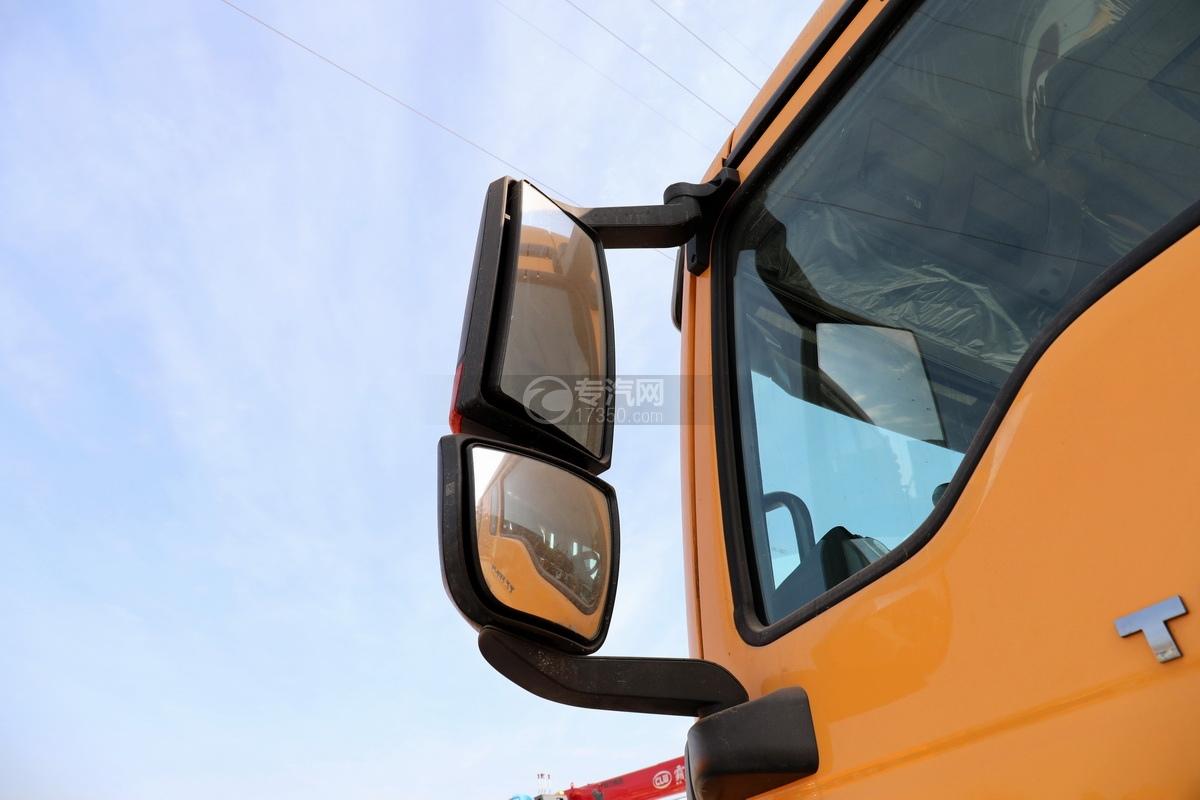 重汽豪沃TX350后雙橋國六拖吊聯體清障車后視鏡
