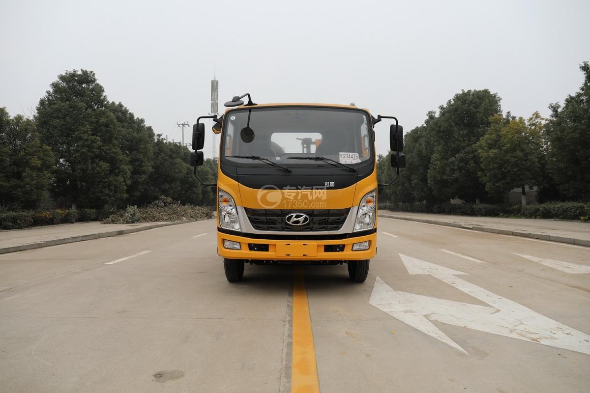 四川现代国五一拖二蓝牌清障车(黄色)正前方位图