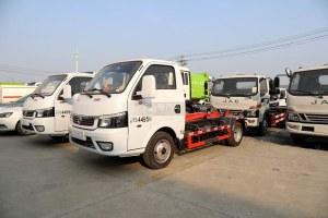 东风途逸国六3方车厢可卸式垃圾车图片