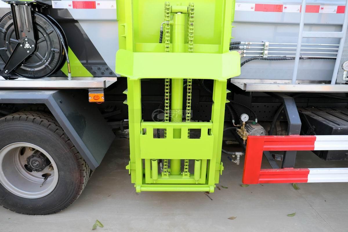 陕汽轩德X9国六餐厨式垃圾车挂桶提升机构