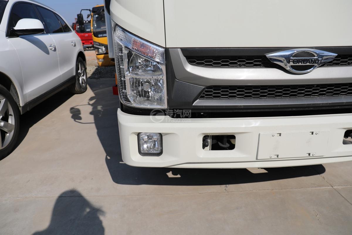 福田康瑞H2国六4米冷藏车右大灯