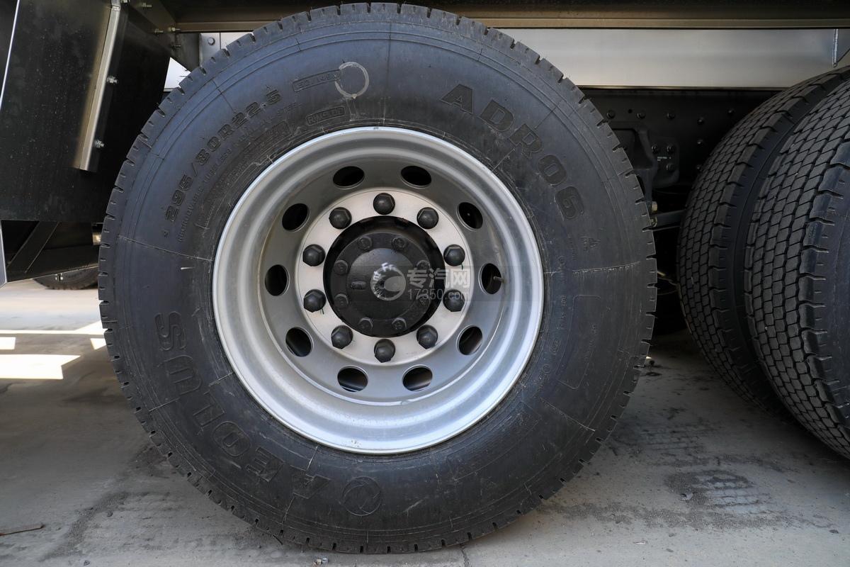 東風天龍后雙橋國五20.1方鋁合金運油車輪胎
