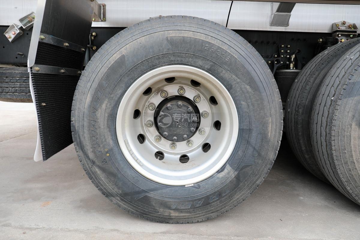 解放J6前四后八國五27方鋁合金運油車輪胎