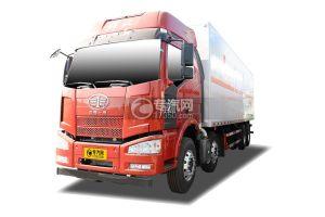 解放J6前四后八国五9.3米杂项危险物品厢式运输车