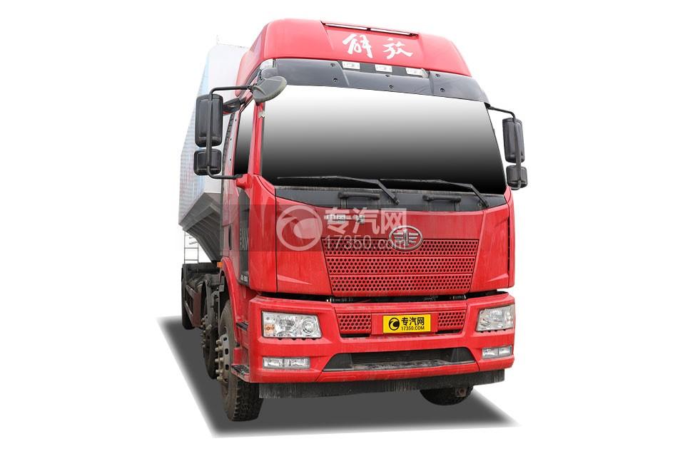 解放J6L小三軸國六散裝飼料運輸車右前45度圖
