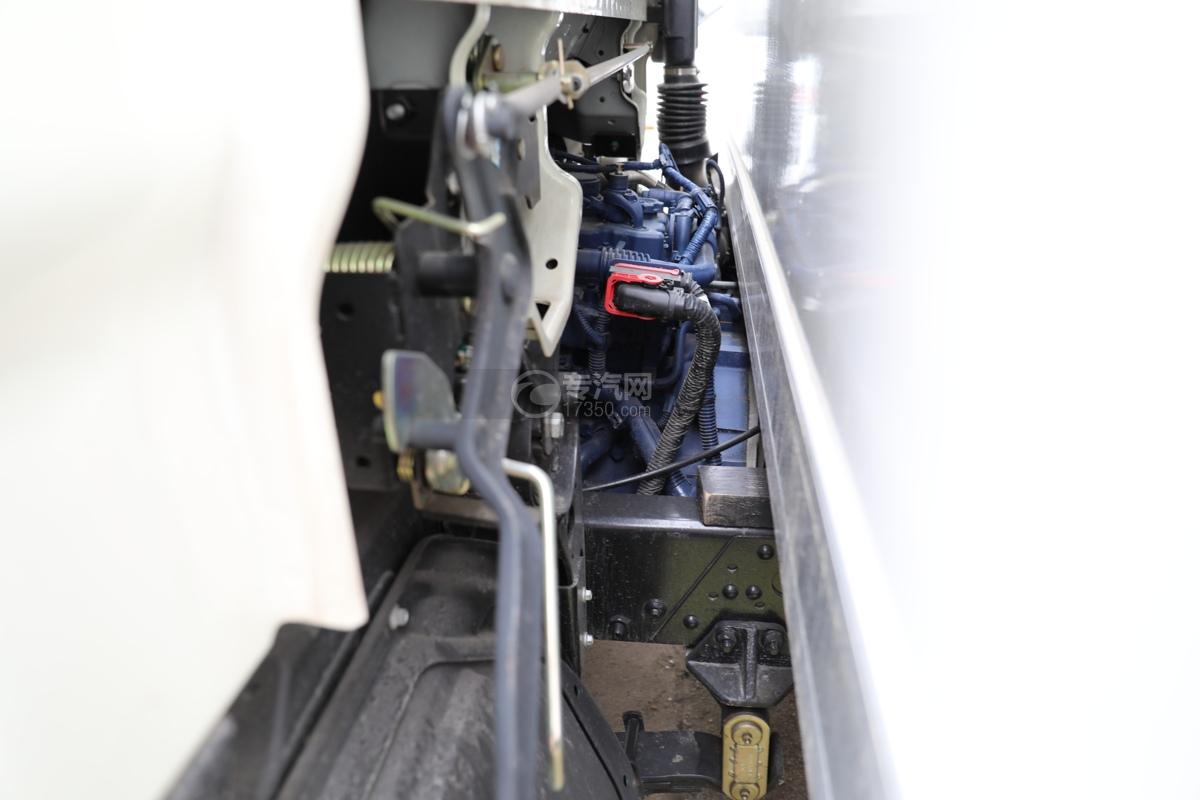 福田时代领航6国六4.08米冷藏车发动机