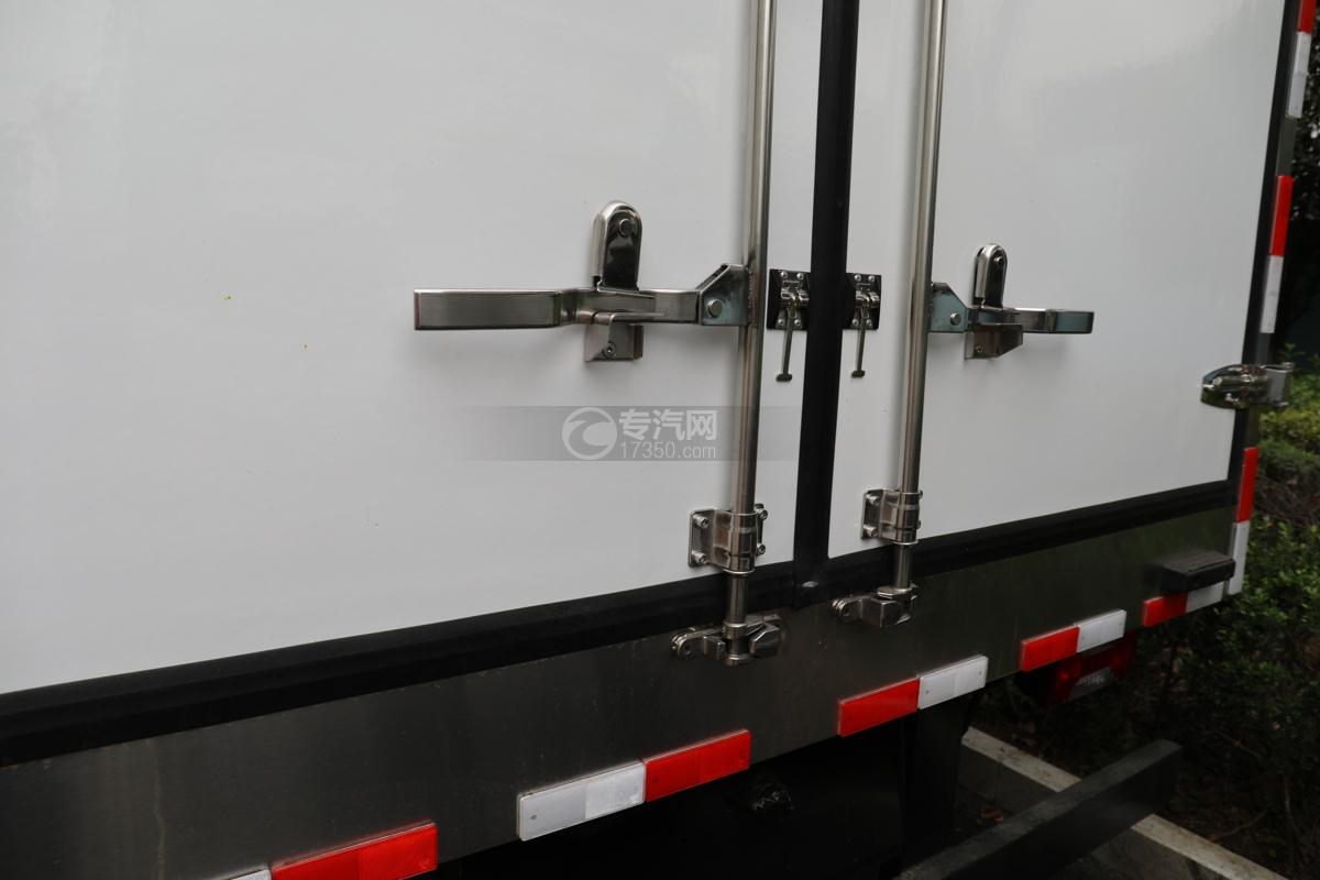 跃进超运C500国六4.09米冷藏车后门
