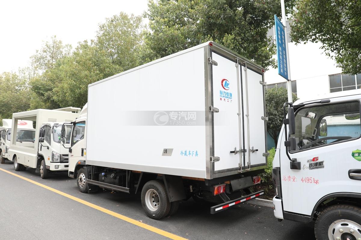 重汽HOWO悍将国六4.1米冷藏车左后图