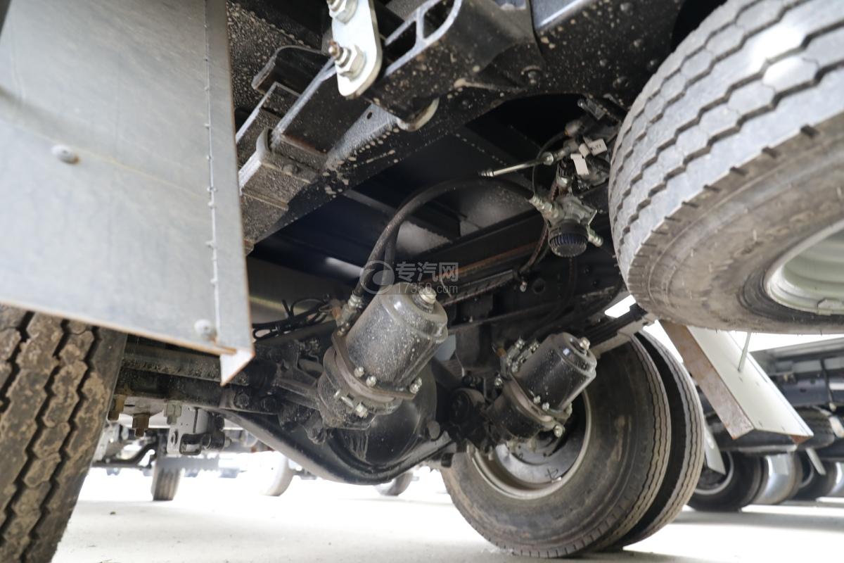 跃进超运C500国六4.1米杂项危险物品厢式运输车后桥