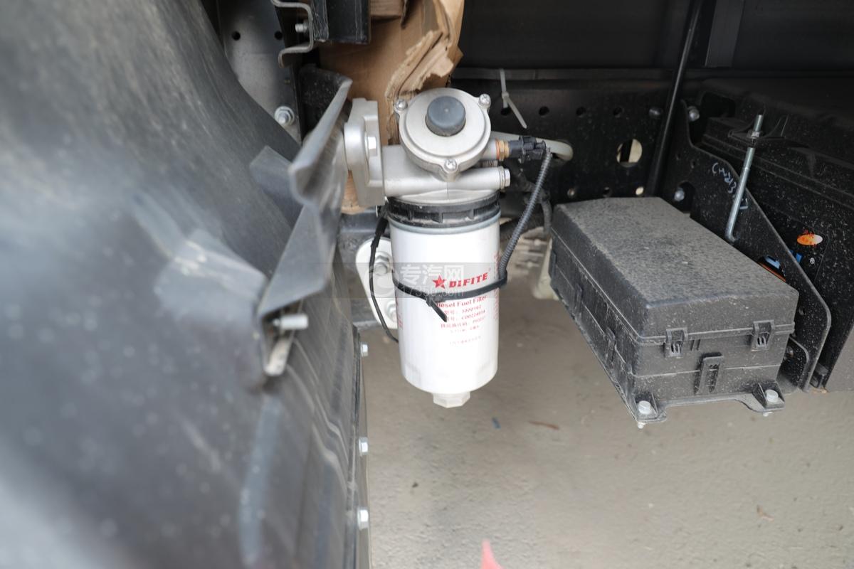 跃进超运C500国六4.1米杂项危险物品厢式运输车滤芯
