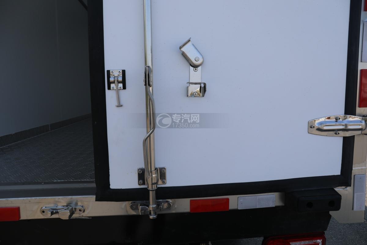 飞碟W5国六蓝牌4.085米冷藏车后门