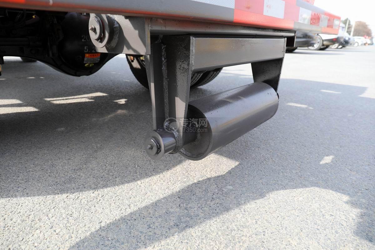奧馳X2國六車廂可卸式垃圾車后支腿
