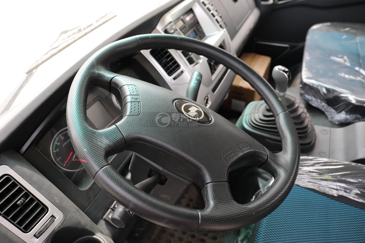 陕汽轩德X9国六5方绿化喷洒车方向盘