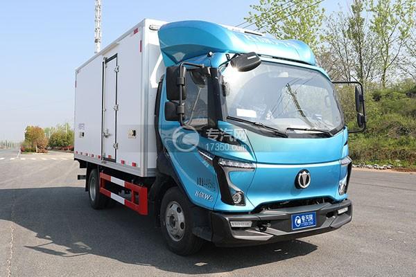飞碟W5国六蓝牌4.085米冷藏车右前图