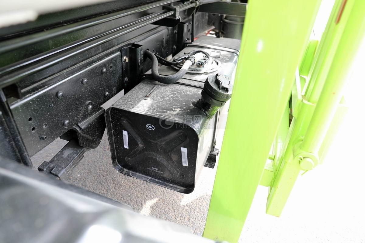 开瑞国六自装卸式垃圾车油箱