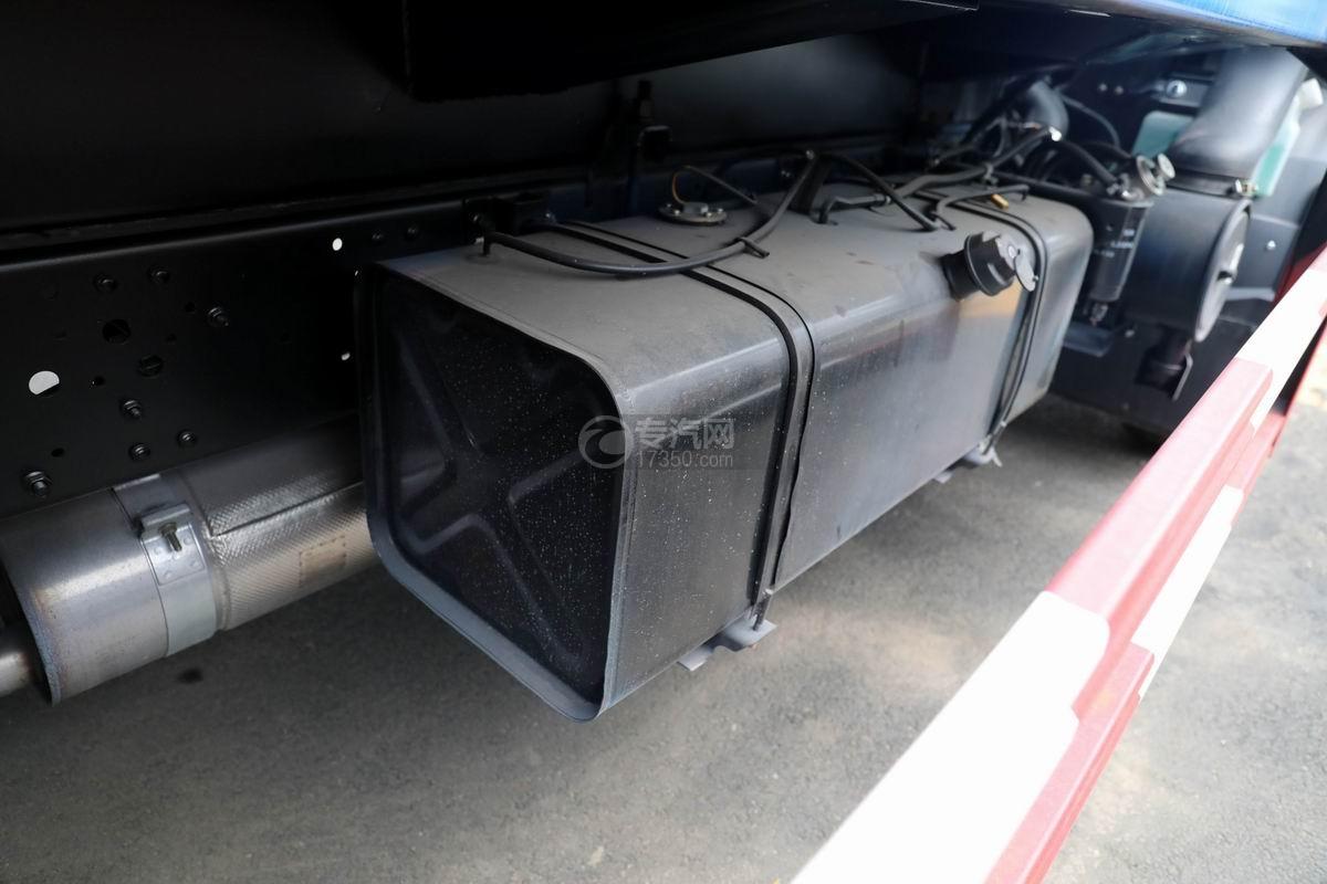 庆铃五十铃ELF国六压缩式垃圾车油箱