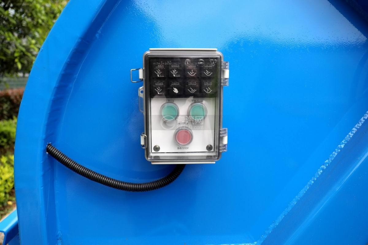 庆铃五十铃ELF国六压缩式垃圾车电控操作盒