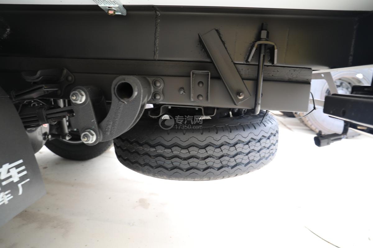 福田祥菱M2国六3.7米冷藏车大梁