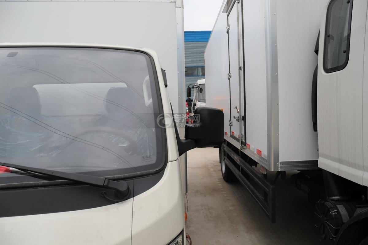 福田祥菱M2国六3.7米冷藏车左后视镜