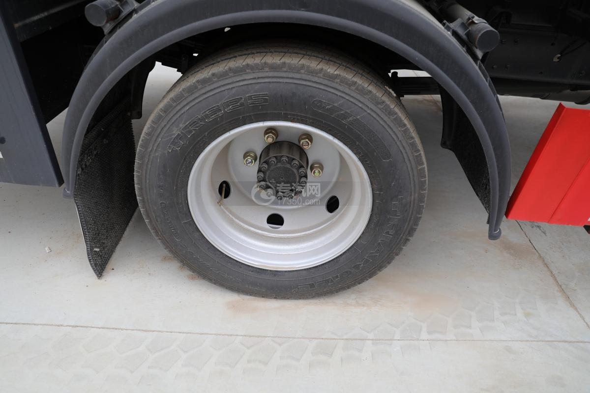 东风凯普特K7国六7方消防洒水车轮胎