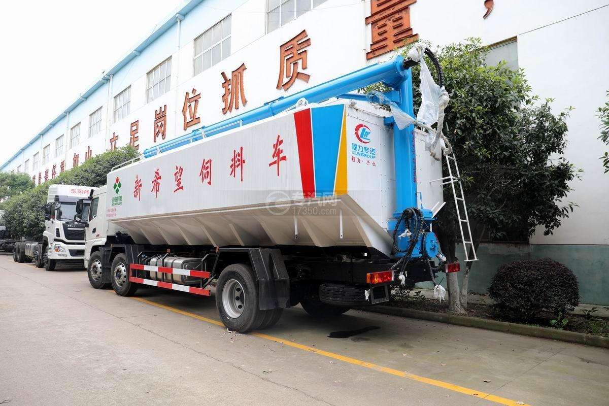 陕汽轩德翼6小三轴散装饲料运输车侧后方图