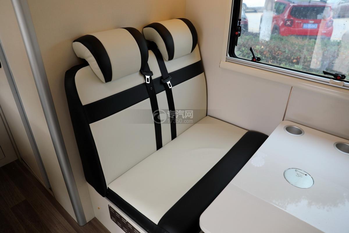 跃进快运H500国六C型房车卡座座椅