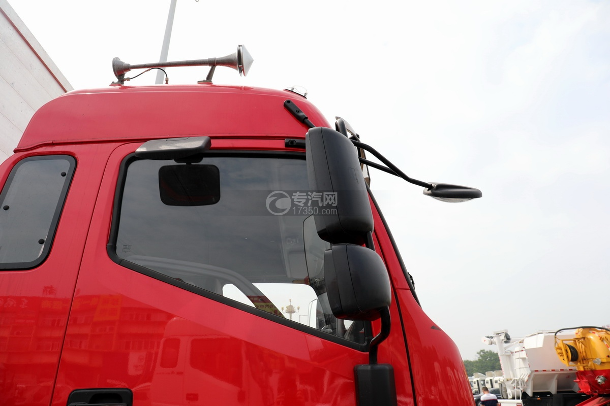 江淮格尔发A6L单桥国六铝合金畜禽运输车后视镜