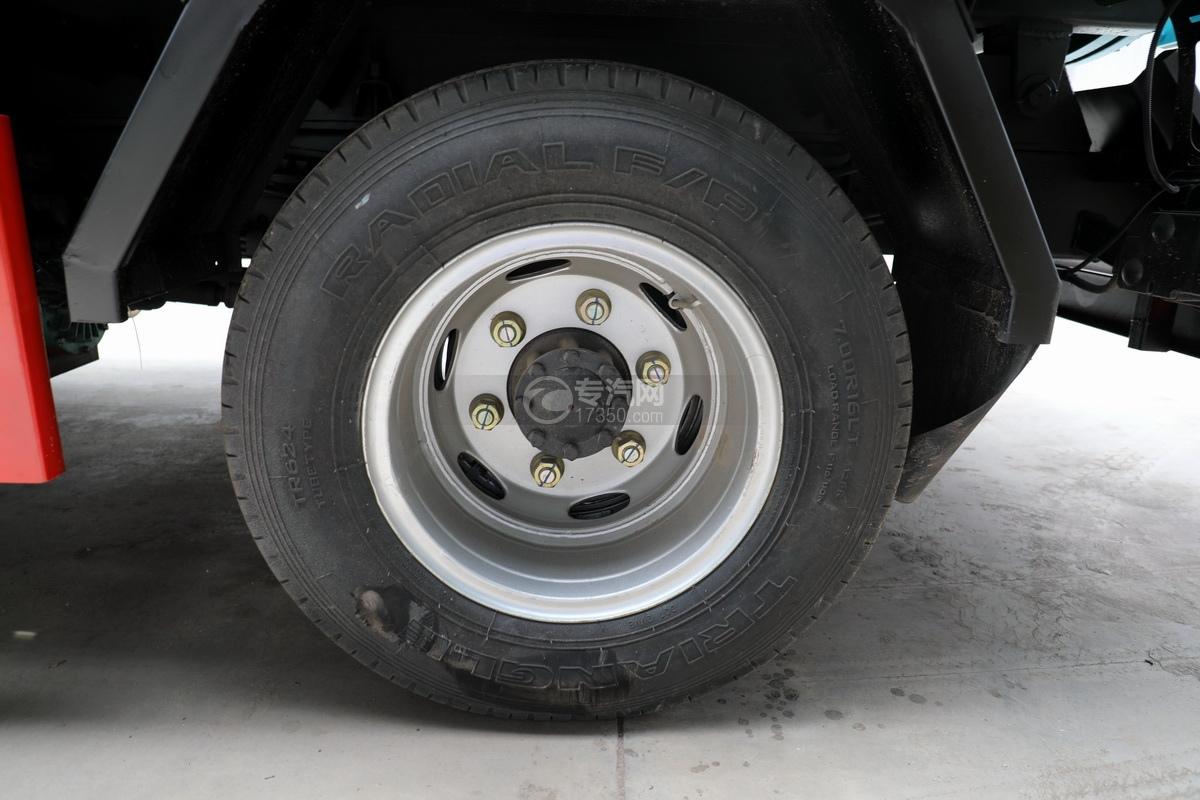 東風多利卡D6國六4.1方吸污車輪胎