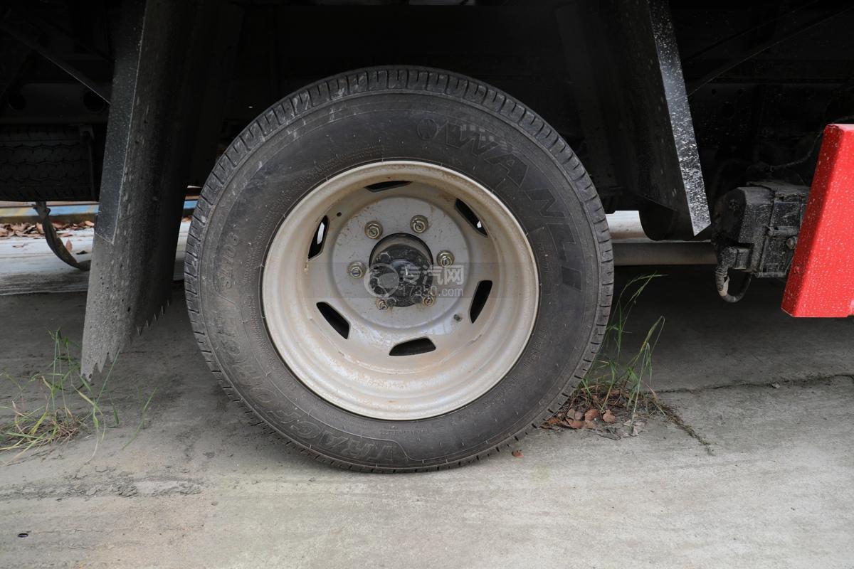 跃进福运S80国六3.35米防爆车轮胎