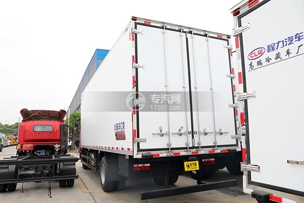 江淮格尔发A5X国五6.8米冷藏车左后图
