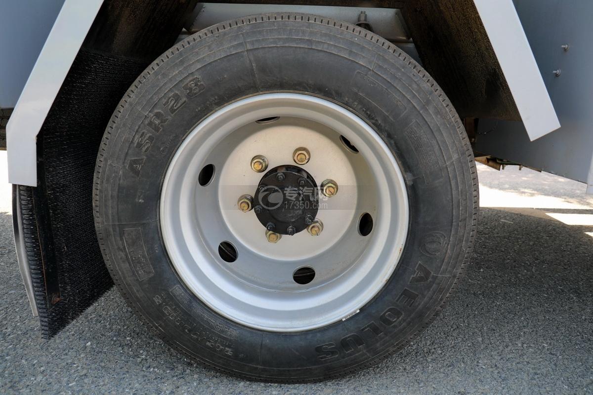 东风福瑞卡F7国六6.08方加油车轮胎