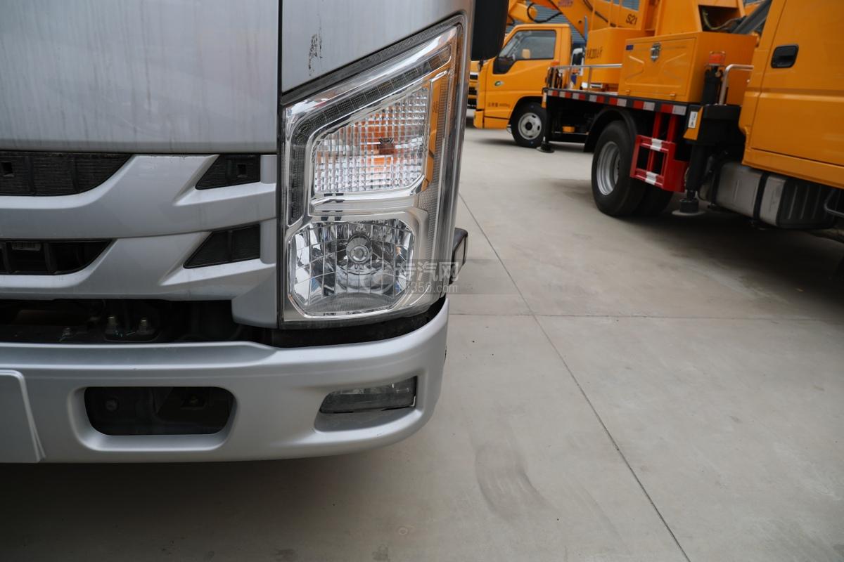 江西五十铃ELF双排EC5国六17.5米折叠臂式高空作业车左大灯