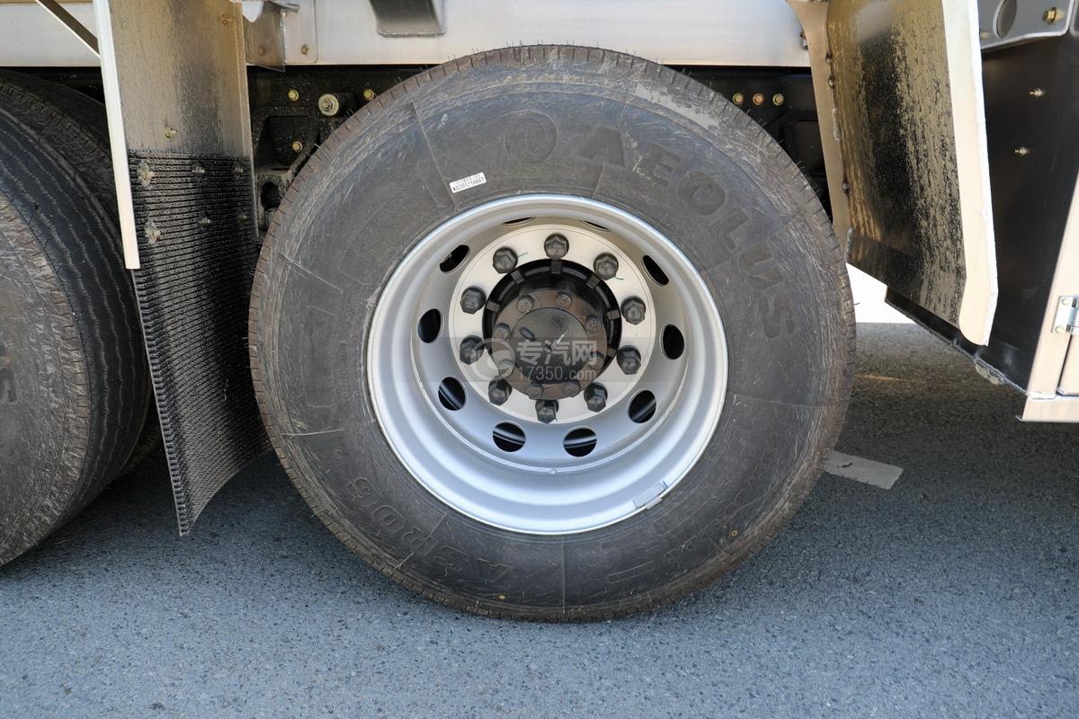 东风天龙KL前四后八国六25.3方铝合金运油车轮胎