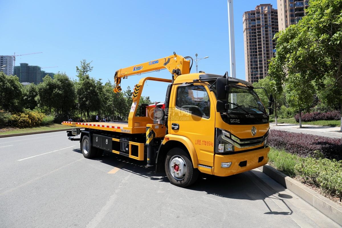 東風多利卡D8國六一拖二帶吊清障車(黃色徐工吊機)圖片