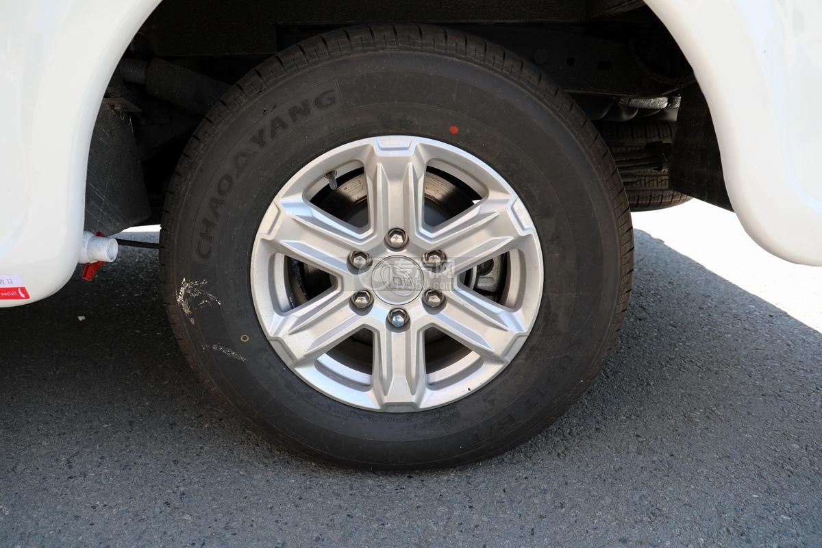 上汽大通maxus国六C型房车轮胎