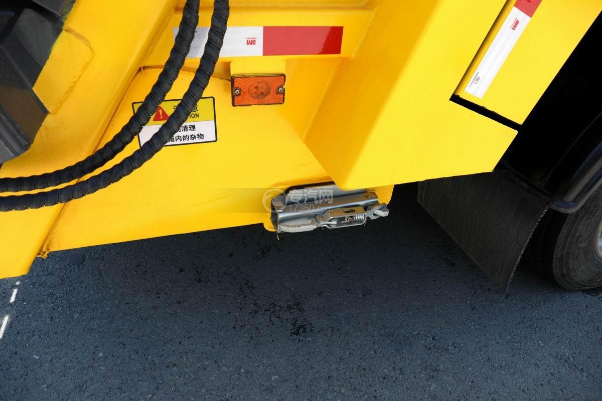 东风D6国六压缩式垃圾车污水槽