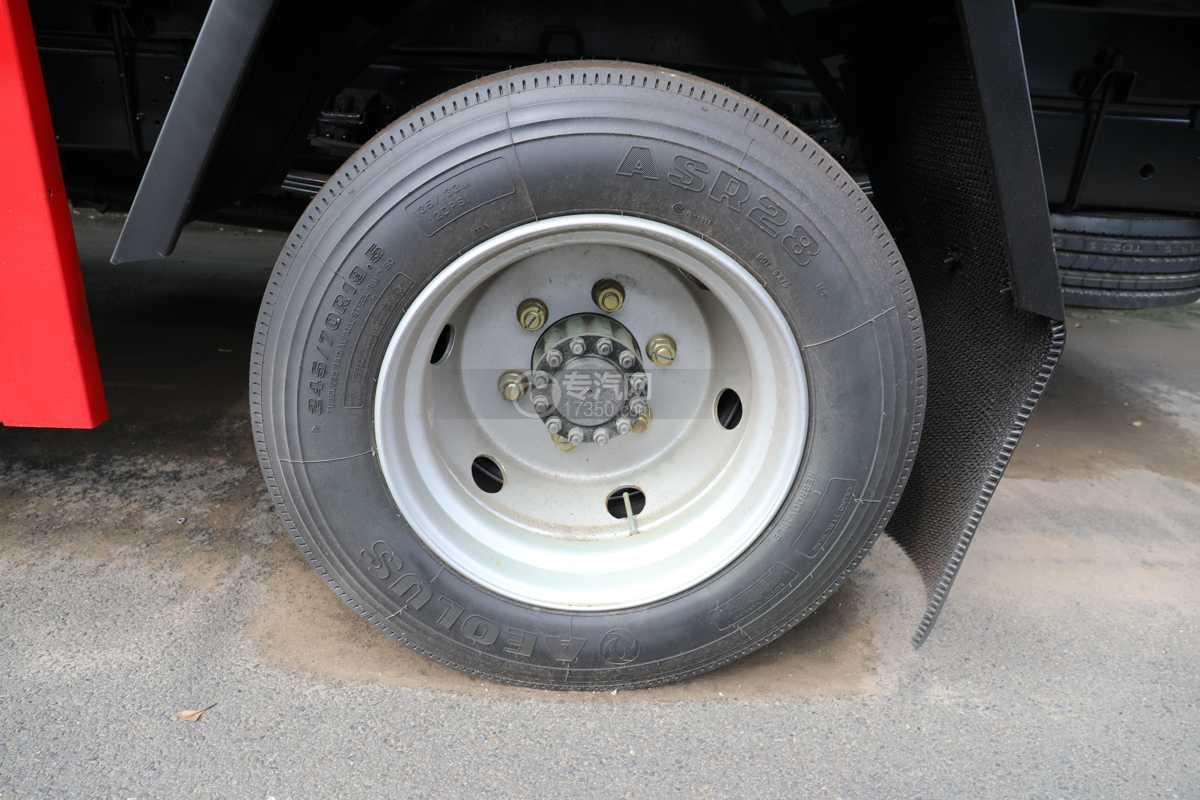 东风多利卡D7国六9方运水车轮胎