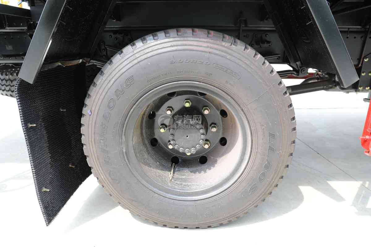 东风锦程V6国六10.11方绿化喷洒车轮胎