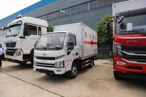 躍進福運S80國六3.3米易燃液體廂式運輸車圖片