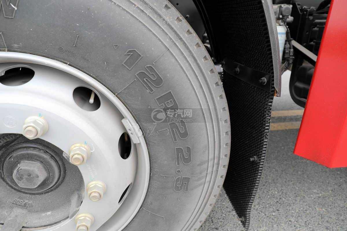 陕汽轩德翼3前四后八国六散装饲料运输车轮胎规格