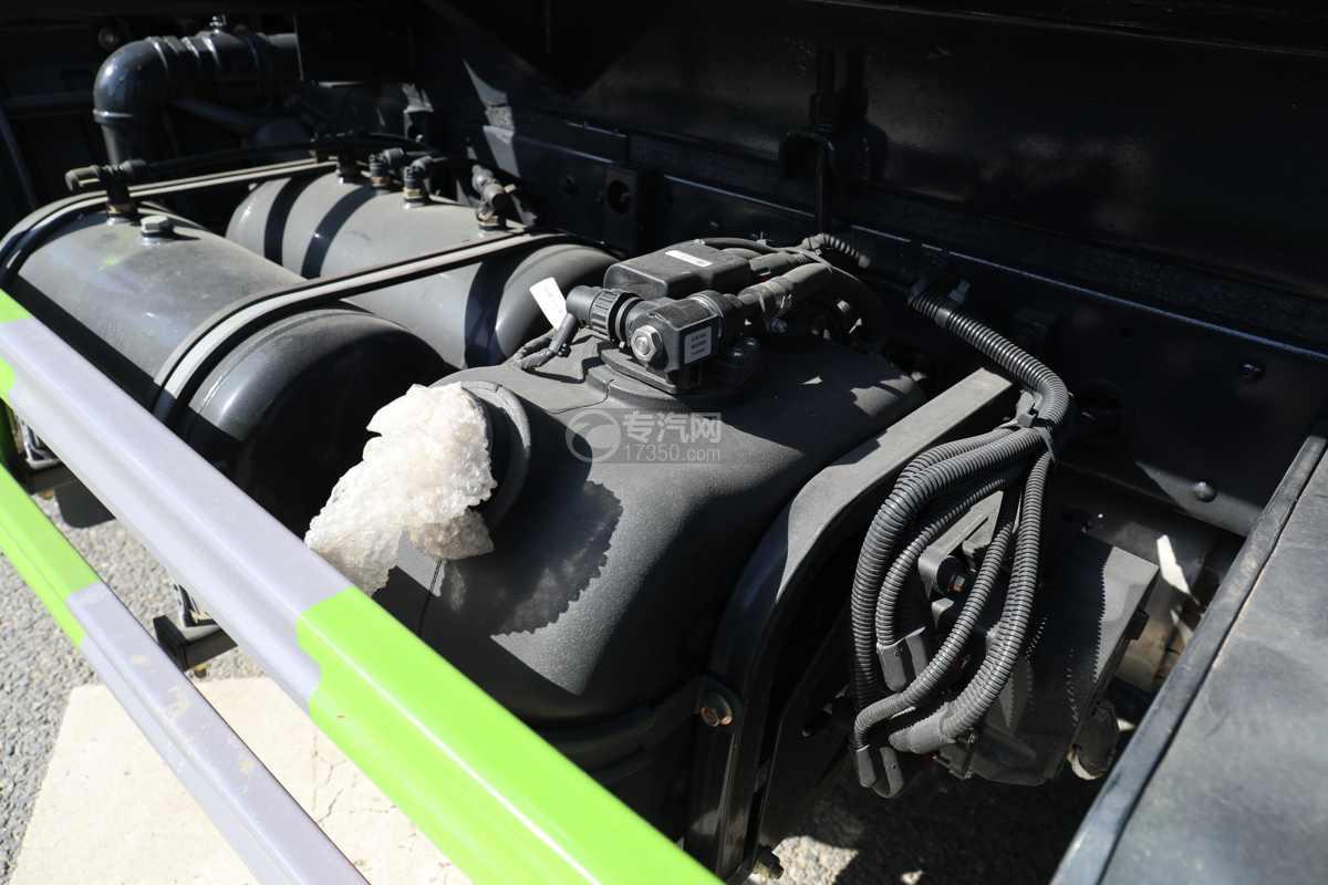 大运奥普力A3国六4.2方绿化喷洒车带雾炮尿素罐