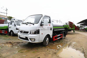東風途逸T5國六2.06方灑水車圖片