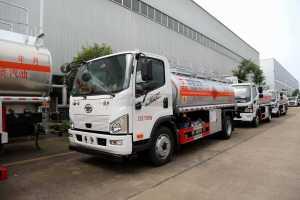 解放J6F国六8.5方运油车图片
