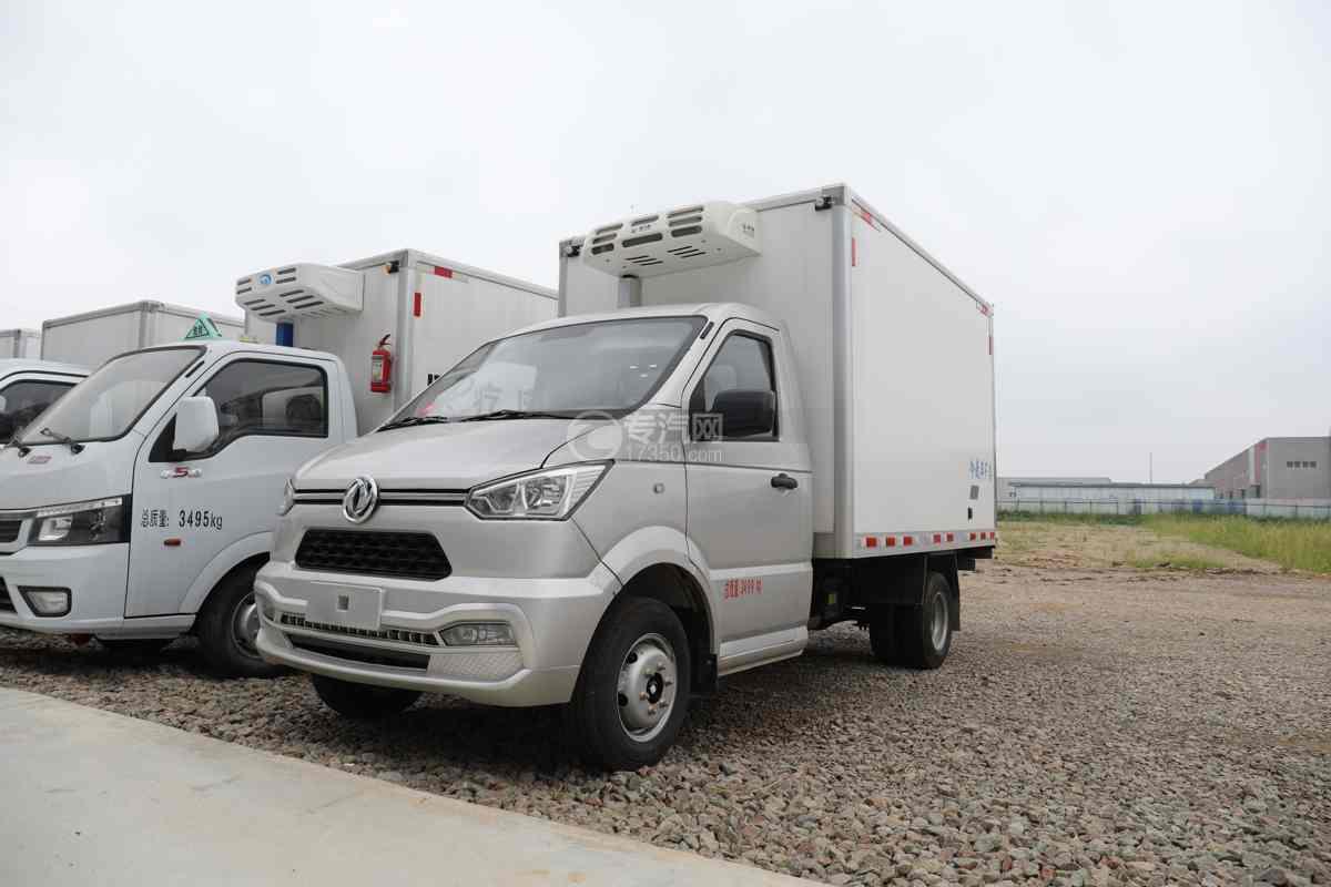 东风小霸王国六3.3米冷藏车