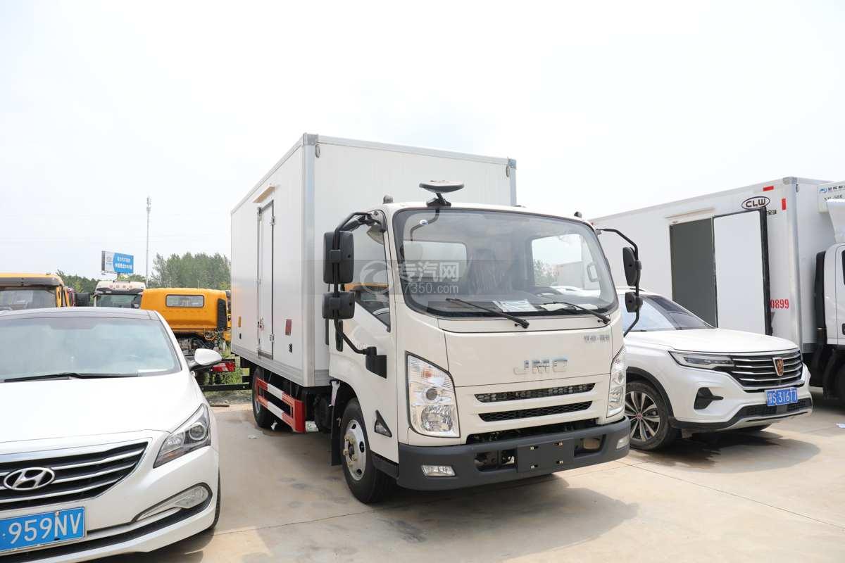 江淮凯运国六4.08米冷藏车右前图